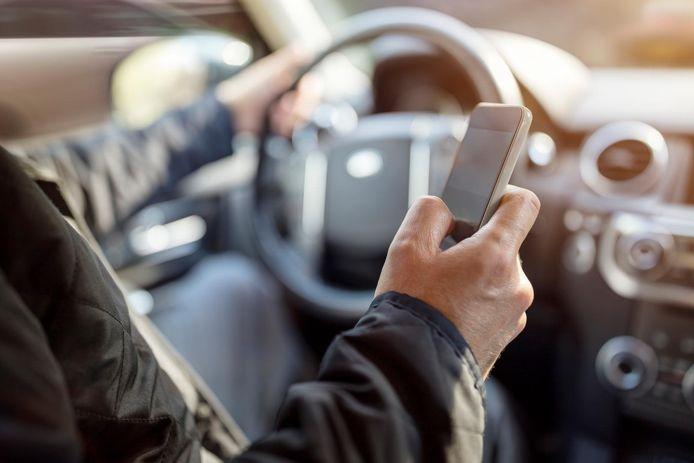 Twee chauffeurs, Nederlander en een Roemeen, bleken geïntoxiceerd achter het stuur te zitten.