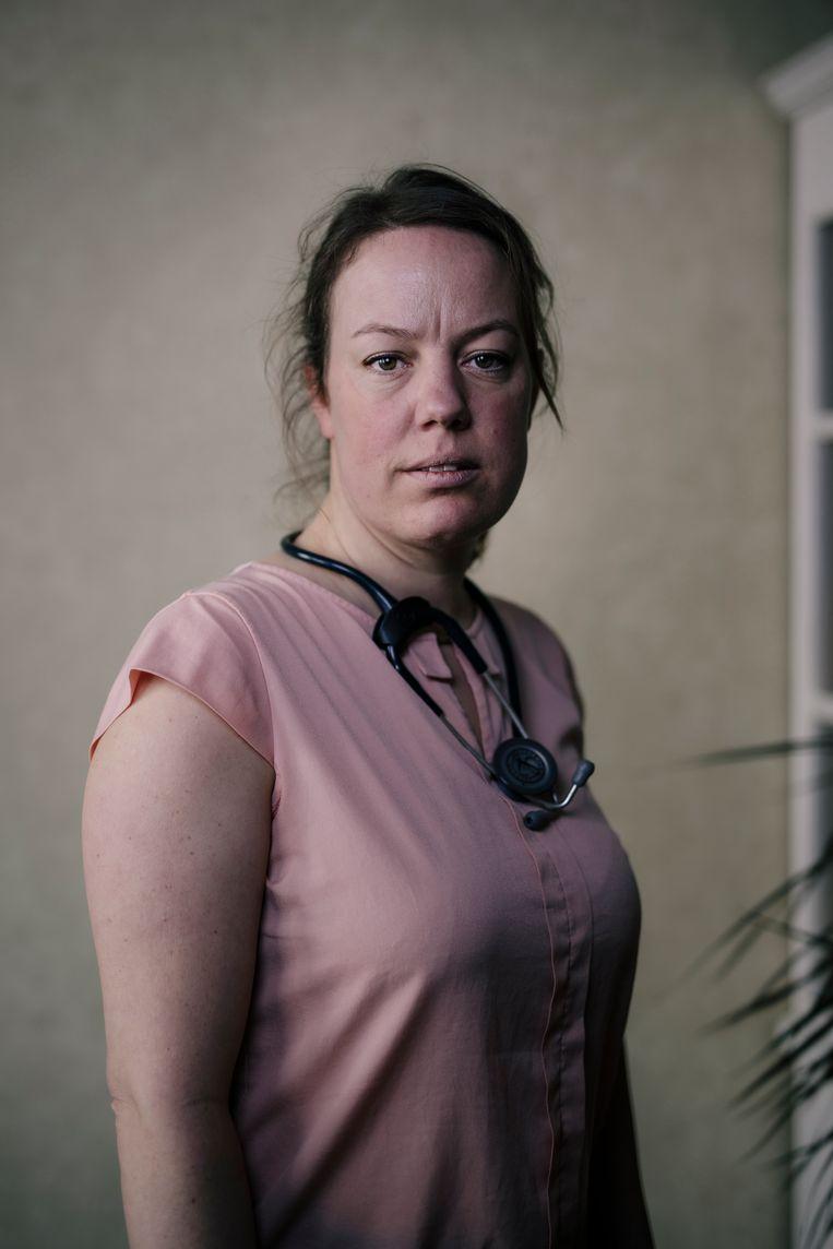 Heleen Verwijs (43), specialist ouderengeneeskunde bij Amsta. Beeld Marc Driessen
