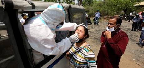 Recordaantal besmettingen in India: 'Als corona daar niet voorbij is, is het nergens voorbij'