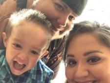 Raiden (4) verliest beide ouders aan corona, hele stad opgetrommeld om zijn verjaardag te vieren