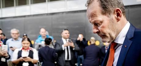 Europese media oordelen keihard over 'Oranje duisternis'