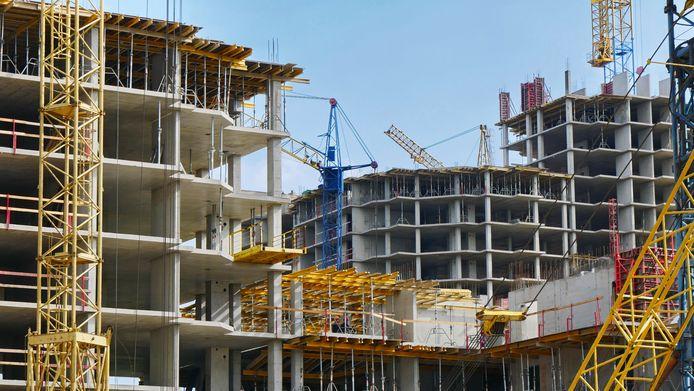 Woningcorporaties hebben afgesproken dat ze meer gaan investeren in nieuwbouw.