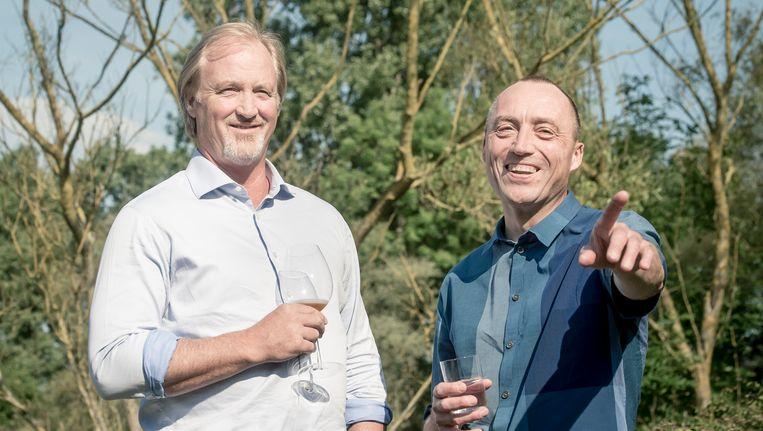 De nieuwe zakelijke buddy's John Porter, CEO van Telenet, en Wouter Vandenhaute, CEO van De Vijver Media Beeld BELGA