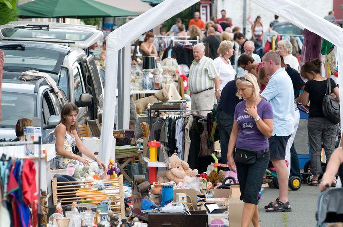 De rommelmarkt van Zingem is een van de grootste in de Vlaamse Ardennen.
