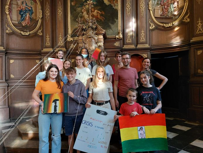 Psychotherapiepraktijk vzw 't Schildpad viert 5-jarig bestaan. Ze pakken met een tentoonstelling voor en door jongeren om hun verjaardag te vieren.