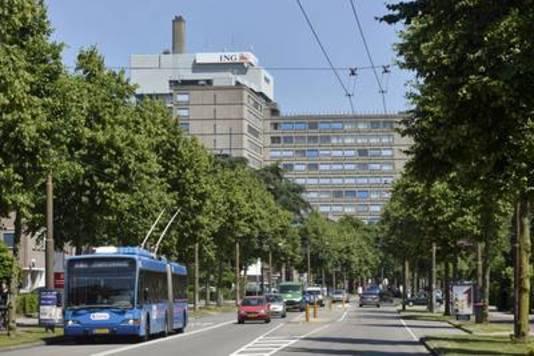De Velperweg in Arnhem moet een typische kantorenstraat blijven.