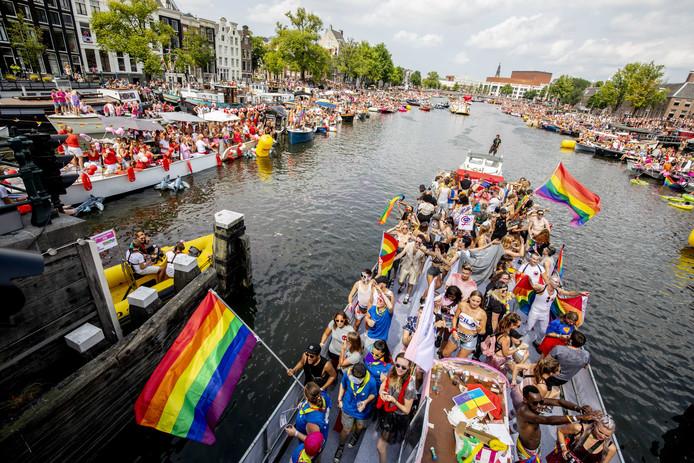 Deelnemers aan de botenparade op de Amstel, vorig jaar