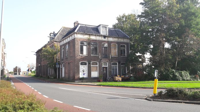 Villa aan de Bovenhavenstraat in Kampen