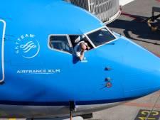 Piloten KLM willen onder eis loonoffer uit, maar Hoekstra geeft geen sjoege