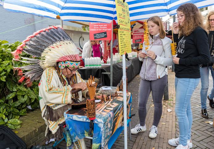 Sfeerimpressie van de Jaarmarkt 2017 in Alphen.