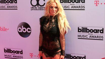 """Britney Spears (36) moet eindelijk niet meer naar haar vader luisteren: """"Hij wil zijn wettelijk gezag over haar stopzetten"""""""
