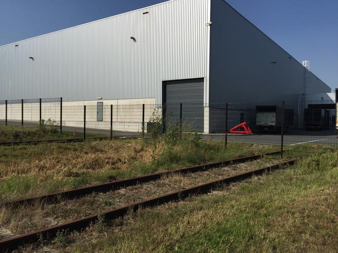 De loze spoorlijn op Borchwerf II in Roosendaal
