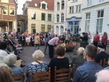Ingetogen herdenking bij Indië-monument in Deventer