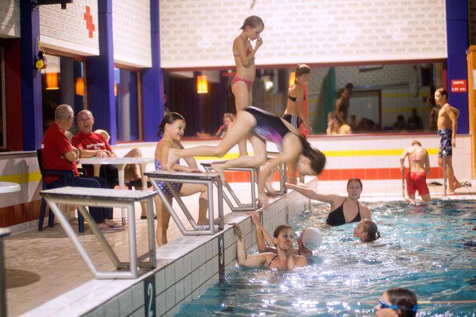 Ook in De Beemd in Veghel, hier tijdens een eerdere zwemvierdaagse, is na de zomer aangepast zwemmen voor kinderen mogelijk. In Schijndel en Rooi kan het al.
