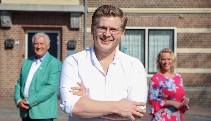 Jan van Ginneken, geflankeerd door Hans Pennings en het ook gekozen raadslid Sharon Kroon, voerde voor D66 de Oisterwijkse lijst bij de gemeenteraadsverkiezingen aan.