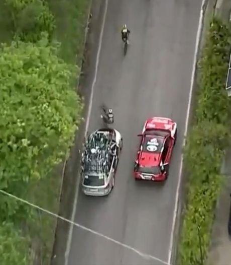 Pieter Serry renversé par une voiture du Team BikeExchange, le conducteur mis hors course