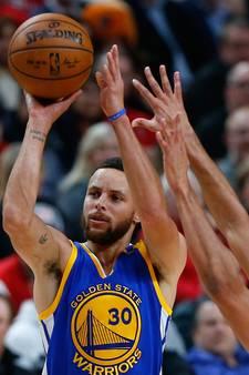 Curry leidt Warriors naar twee ronde play-offs NBA