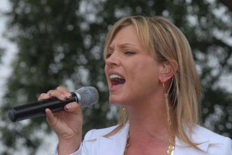 Vlaamse artiesten als Laura Lynn maken vooral schlagers, en die passen niet in het muziekprofiel van 4FM en Q. Beeld UNKNOWN
