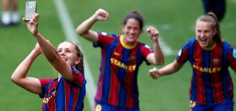 Barça en Chelsea week voor Champions League-finale kampioen, Martens viert feest in zwembad
