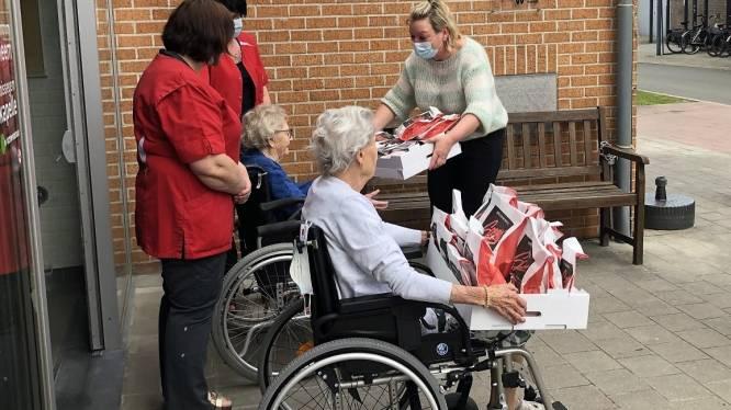 N-VA trakteert rusthuisbewoonsters op eclairs