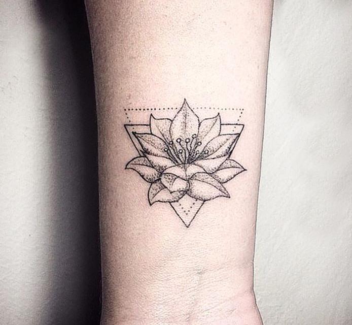 Eerste Tattoo Columns Bndestemnl