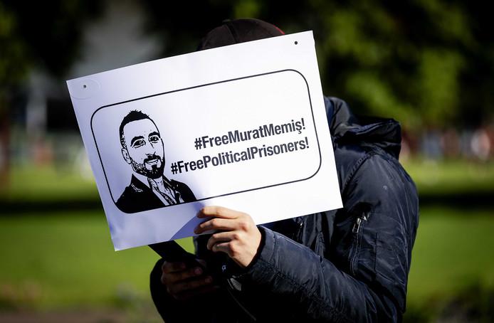 Solidariteitsdemonstratie voor de vrijlating van Murat Memis, fractievoorzitter van de SP in Eindhoven.