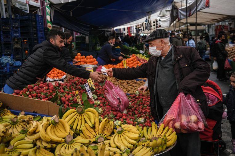 De markt in Istanbul, Turkije. Beeld EPA