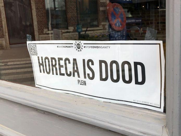 Een cynische zaakvoerder is niet opgezet met de werken aan de Grote Markt en heeft een suggestie klaar: Horeca is dood-plein.