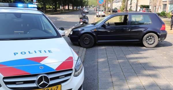Botsing tussen auto en scooter in Waalwijk.