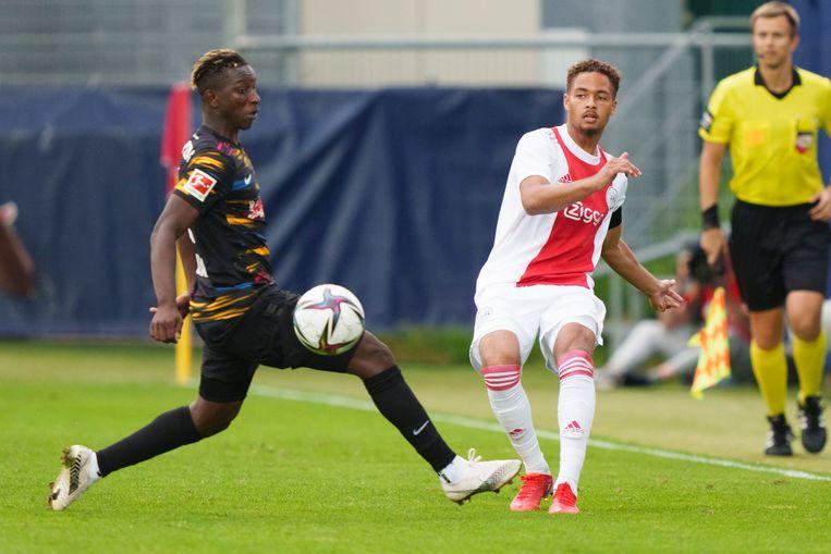 Rensch in actie tegen RB Leipzig. Beeld Pro Shots / Jasper Ruhe
