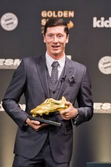 Lewandowski neemt Gouden Schoen in ontvangst: 'Misschien wel record voor de eeuwigheid'