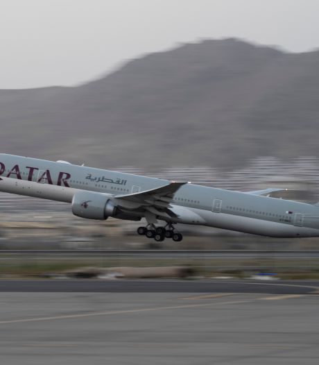 Zeven geëvacueerde Nederlanders aangekomen in Qatar, veel andere landgenoten niet bereikbaar