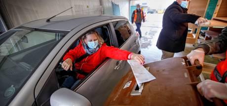 Stemmen vanuit de auto in Kaatsheuvel: 'Dit mogen ze volgende keer weer zo doen'