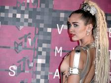 Miley Cyrus zoekt ruzie met Dolce & Gabbana
