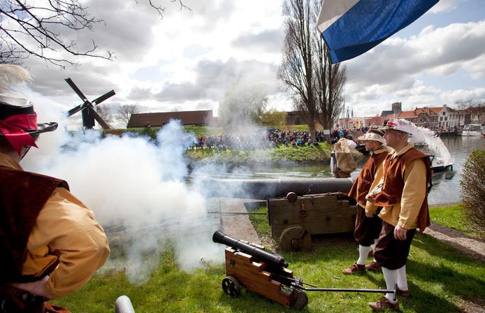 De verjaging van de Spanjaarden uit Brielle op 1 april 1572 wordt nog elk jaar gevierd.