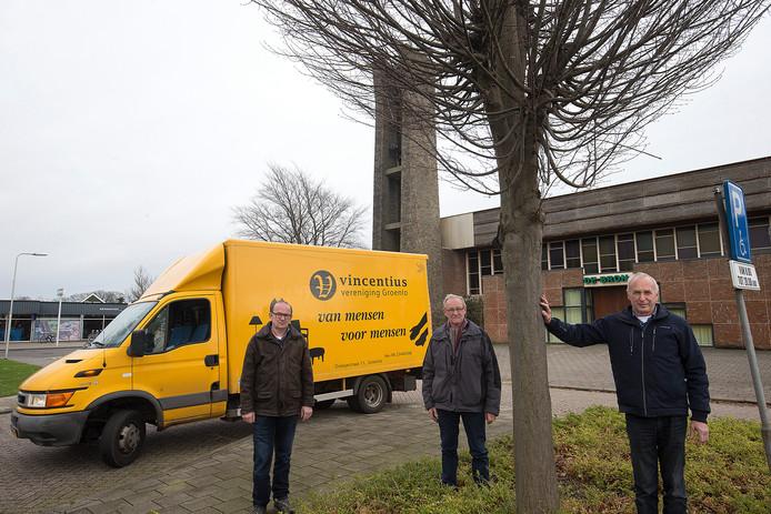 Vrijwilligers van de Vincentiusvereniging Groenlo, die minderbedeelden helpt in het Achterhoeksevestingstadje.