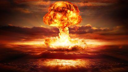 """Doemdagklok weer minuut dichter bij Apocalyps: """"Het is twee voor twaalf"""""""