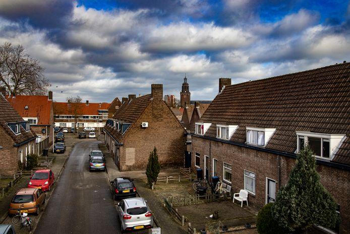 Volksbelang gaat het gros van de nog niet opgeknapte woningen in de Helmondse Leonardusbuurt renoveren in plaats van slopen.
