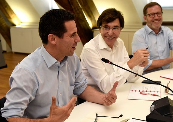 Van links: Ecolo-covoorzitter Jean-Marc Nollet, PS-voorzitter Elio Di Rupo en Paul Magnette