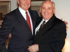 """Pluie d'hommages à Bush père: """"Il a mis fin à la Guerre froide sans tirer un coup de feu"""""""