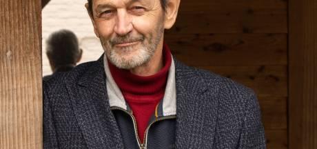 Ommen herdenkt overleden Frits Volkerink (63), die als populaire techniekleraar in Emmeloord tot het laatst positief bleef: 'Geloof in jezelf'