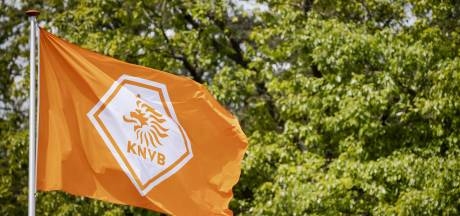 KNVB is niet bang dat Ajax voor Super League kiest