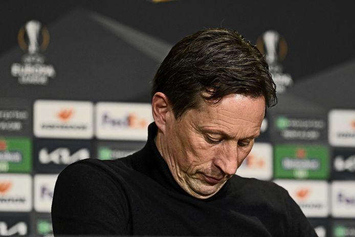 """Roger Schmidt was niet boos op zijn spelers. ,,Ze hebben er alles aan gedaan."""""""