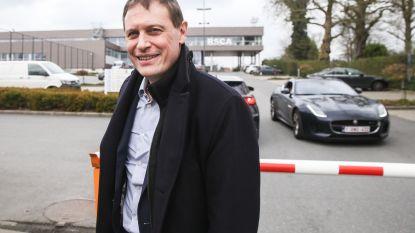 Nieuwe CEO Karel Van Eetvelt tekent present op Neerpede: vanmorgen bekrachtigde hij hertekende sportieve organigram van Anderlecht