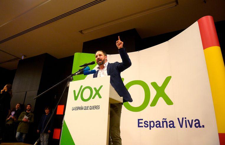 Santiago Abascal, de leider van de extreemrechtse Spaanse partij Vox, houdt een toespraak in Granada.