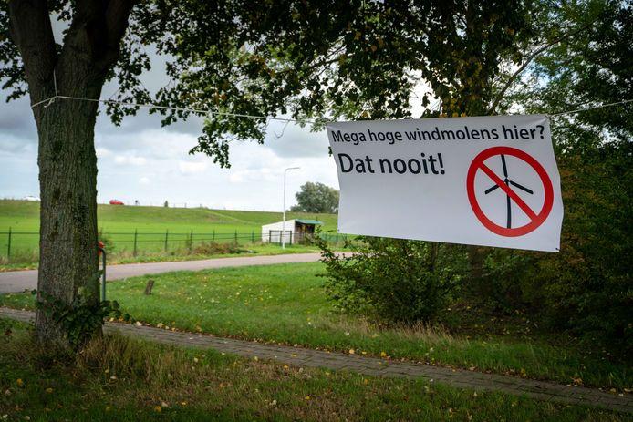 Megawindmolens van zo'n 240 meter, in heel het land laait het verzet op. Nu ook in Wierden.