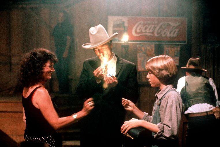 'Foto: Clint en Kyle tijdens de opnames van 'Honkeytonk Man': 'Elke seconde samen met hem was mooi meegenomen.'' Beeld ARTE