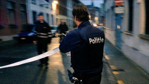 De politie sloot de straat af.