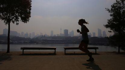 Dikke, ongezonde rookwolk bedekt Sydney na zware bosbranden