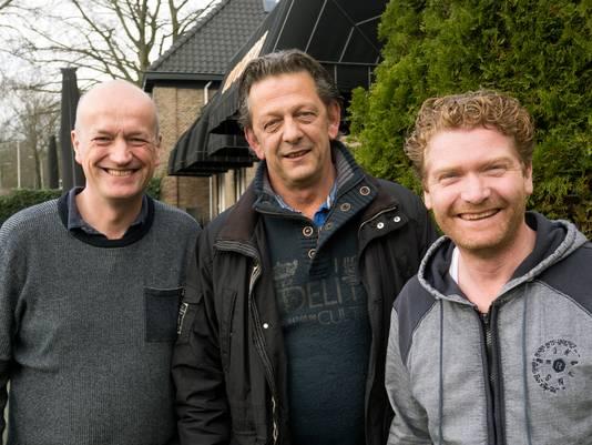 Vincent Tomassen (l) met Arie Voskuilen (m) en Concordia-bedrijfsleider Alex van Barneveld.